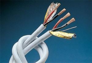 Электропроводка в домах из СИП панелей